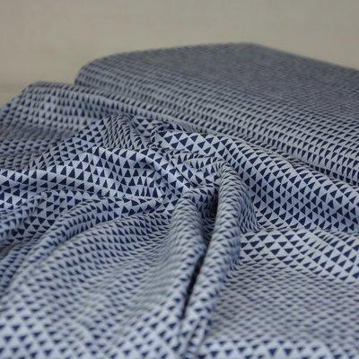 soepelvollende stof driehoekjes blauw