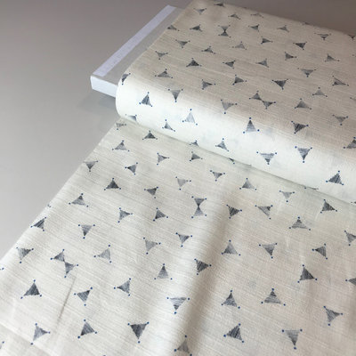 cotton with structure triangle white