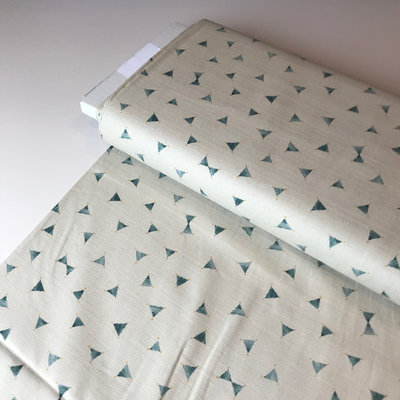 cotton with structure triangle beige groen