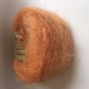 Adèles brushed mohair pale rust