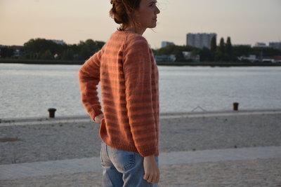 Breipakketje trui met strepen SM en merino (maatje M-L)