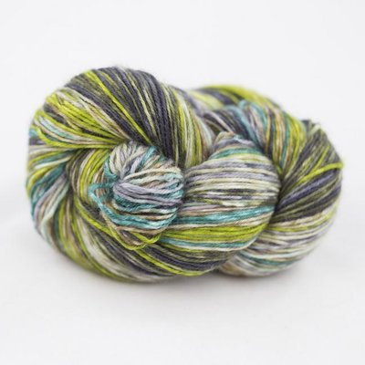 lazy lion sock yarn 006