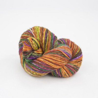 lazy lion sock yarn 008