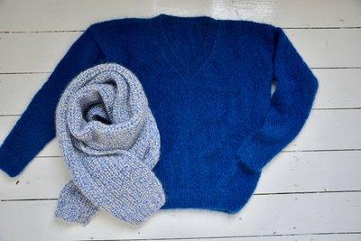 breipakket sjaal in blauw chiné
