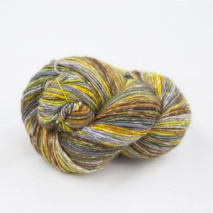 lazy lion sock yarn 001