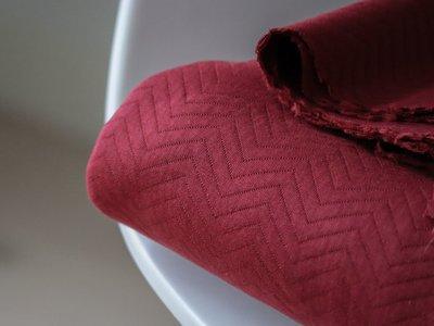 organic chevron quilt red - sweater